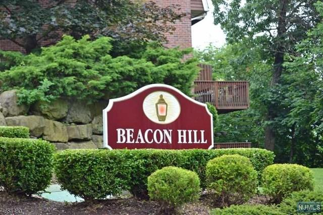 26 Beacon Hl, Pompton Lakes, NJ 07442
