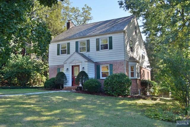 40 E Clinton Ave, Tenafly, NJ 07670