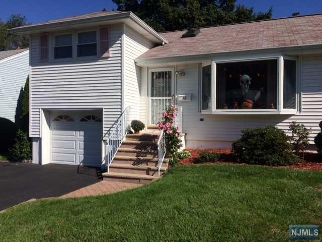 48 Bender Dr, Clifton, NJ 07013