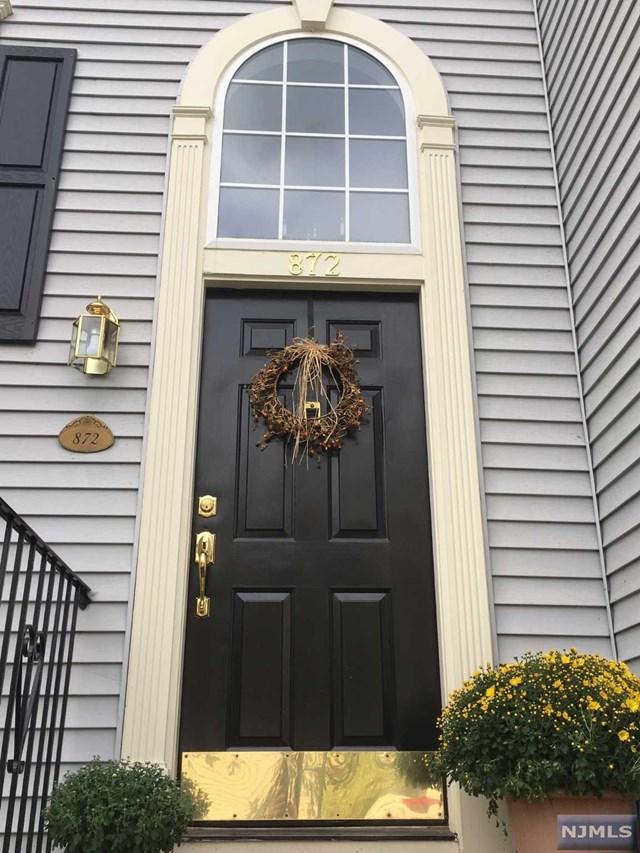872 Alexandria Court, Ramsey, NJ 07446