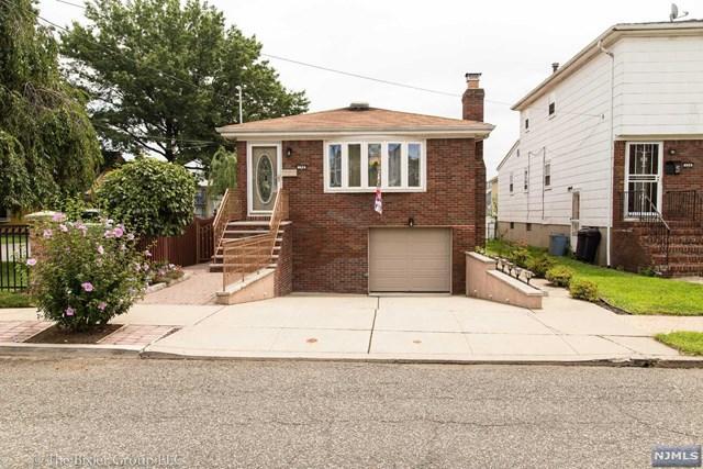 128 Ivy St, Kearny, NJ 07032