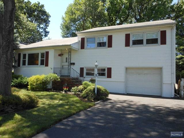13 Harvey Ave, Rochelle Park, NJ 07662