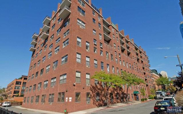 1 Greene St #209, Jersey City, NJ 07302