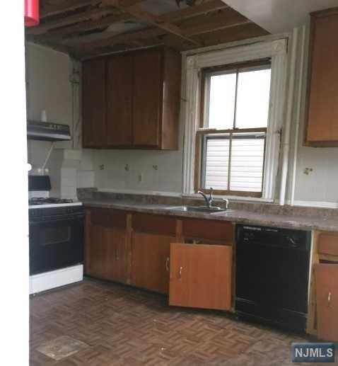 205 N 19th Street, East Orange, NJ 07017