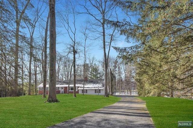 6 Pine Tree Dr, Saddle River, NJ 07458
