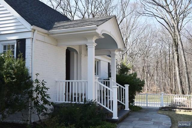 253 Chestnut Ridge RdWoodcliff Lake, NJ 07677