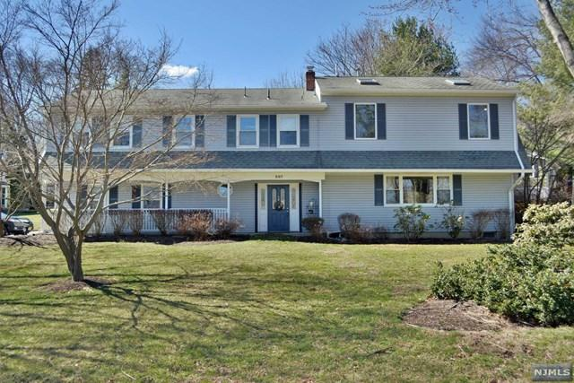207 E Crescent Ave, Ramsey, NJ 07446