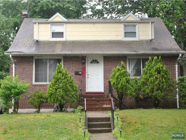 24 Morgan St, Bergenfield, NJ 07621