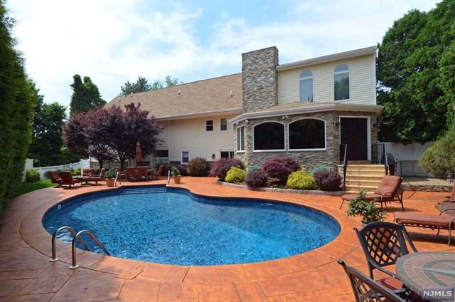 637 Rita Dr, Rivervale, NJ 07675