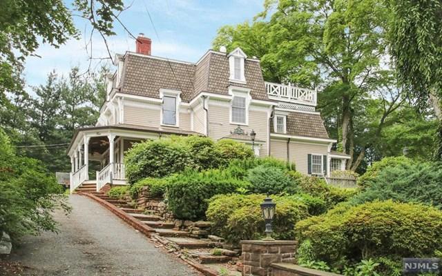 6 Heritage CtDemarest, NJ 07627