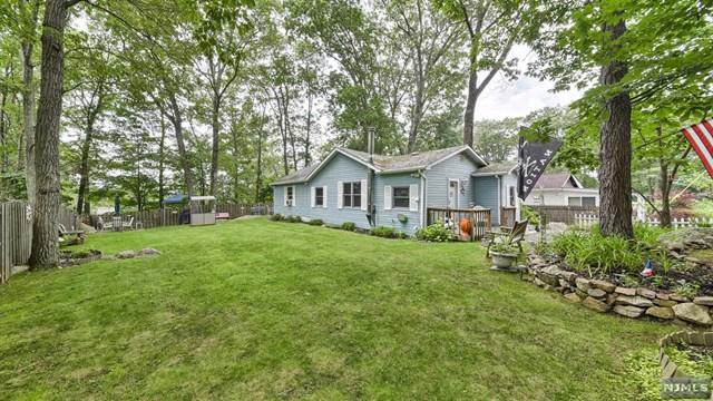 129 Madison Trl, Hopatcong, NJ 07843