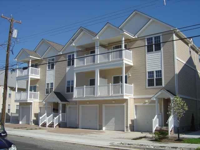 307 E Poplar Ave #201, Wildwood, NJ 08260