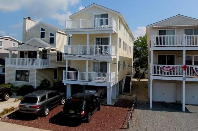 125 87th St #NORTH, Sea Isle City, NJ 08243