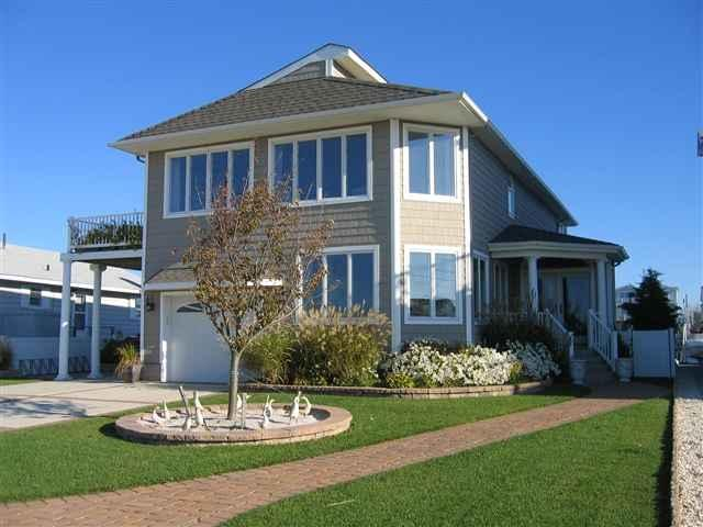 629 24th St, Avalon, NJ 08202
