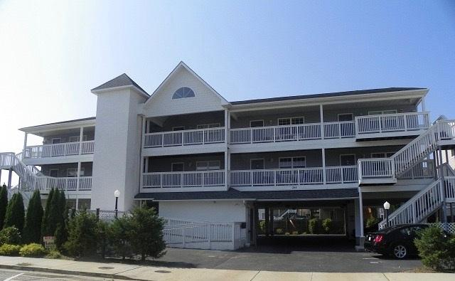242 E Bennett Ave #4, Wildwood, NJ 08260