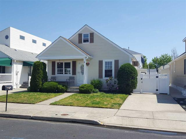 205 W Charleston Ave, Wildwood Crest, NJ 08260