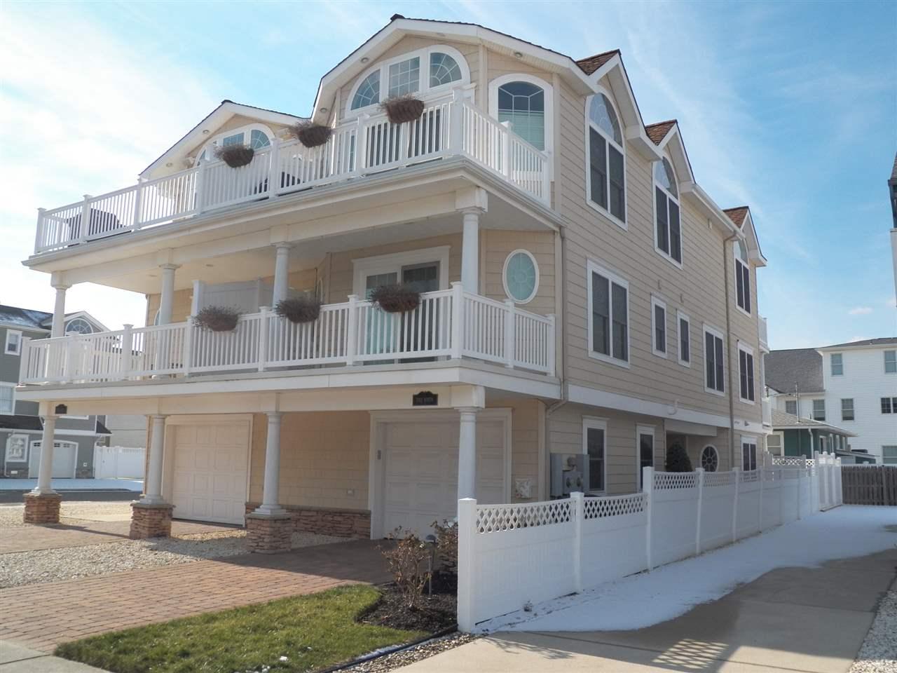 7312 Pleasure Avenue #NORTH, Sea Isle City, NJ 08243