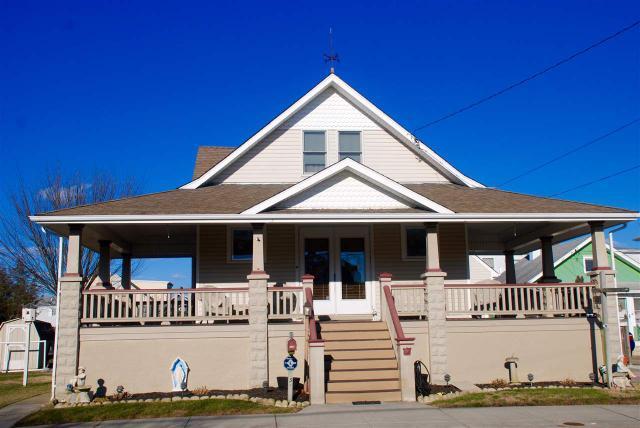 137 W Sweet Briar Rd, Wildwood Crest, NJ 08260