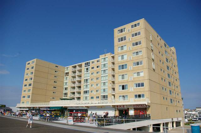 1900 Boardwalk #304, North Wildwood, NJ 08260