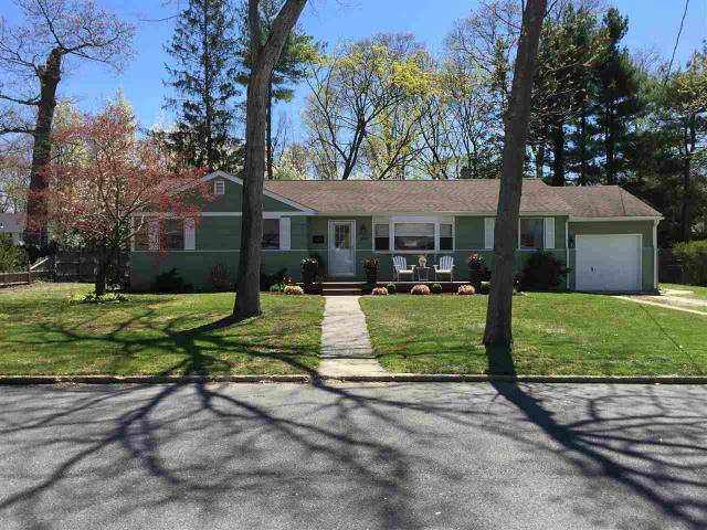 2028 Cedar Bridge Rd, Northfield, NJ 08225