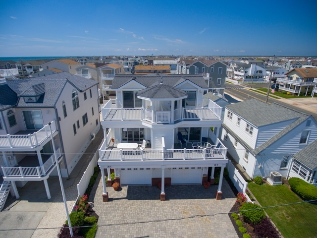 28 53rd Street W #WEST, Sea Isle City, NJ 08243