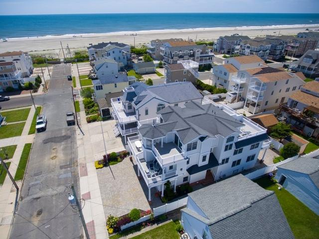 28 53rd St W #WEST, Sea Isle City, NJ 08243