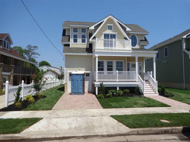 227 E 22nd Ave, North Wildwood, NJ 08260