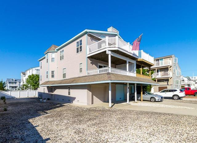 109 31st St #WEST, Sea Isle City, NJ 08243