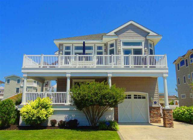 213 76th St, Avalon, NJ 08202