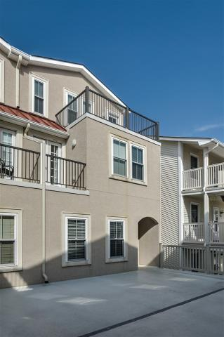 4401 Landis Ave #8, Sea Isle City, NJ 08243
