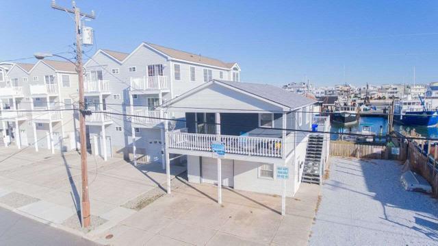 333 43rd Pl, Sea Isle City, NJ 08243