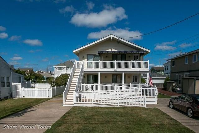 222 83rd St #B, Stone Harbor, NJ 08247