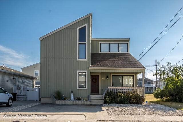 110 W Syracuse Ave #2, Wildwood Crest, NJ 08260