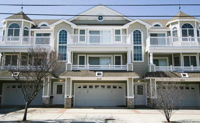 246 E Burk Ave #A, Wildwood, NJ 08260
