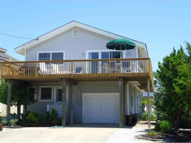 75 W 37th St, Avalon, NJ 08202