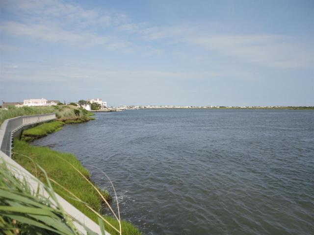 31 Seabreeze Ln, Avalon, NJ 08202