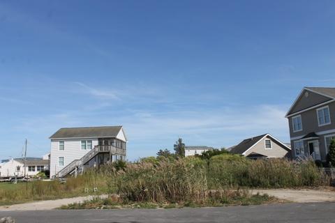 10 Seabass Ln, Avalon, NJ 08202
