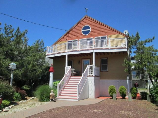 203 Lincoln Ave, Cape May Point, NJ 08212