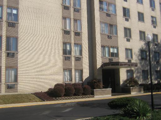 9725 S Karlov Ave #308, Oak Lawn, IL 60453