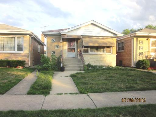 6431 W Forest Preserve Dr, Harwood Heights IL 60706