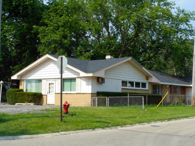 1016 N Lake Shore Dr, Round Lake, IL