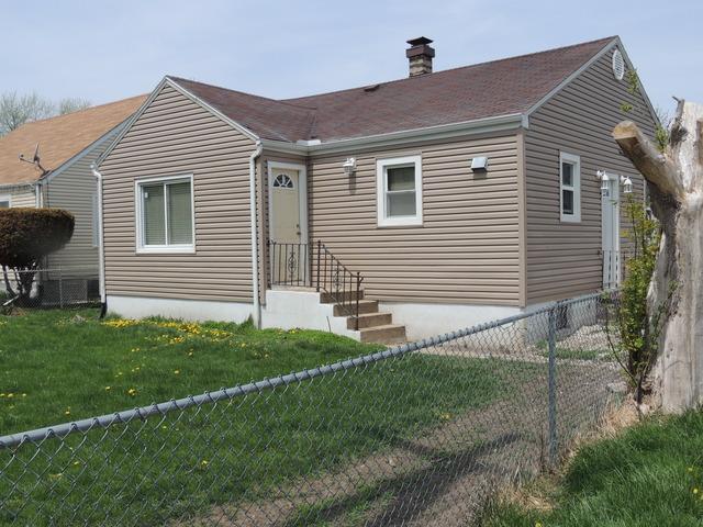523 W Oak Ave, Lockport, IL