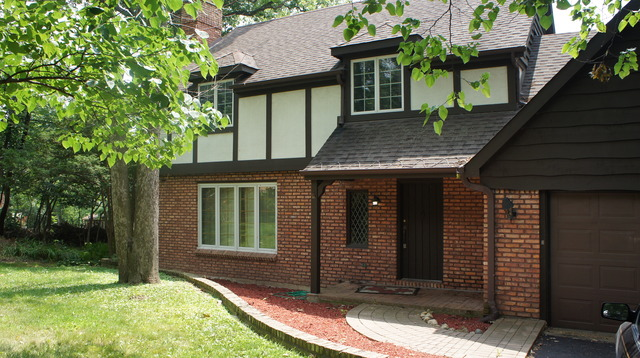 29 W351 Helen Ave, West Chicago, IL