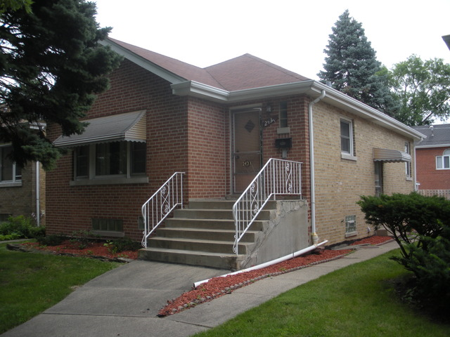 2433 Hainsworth Ave, Riverside, IL