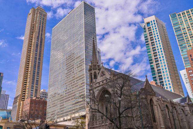 111 E Chestnut St #APT 26a, Chicago, IL