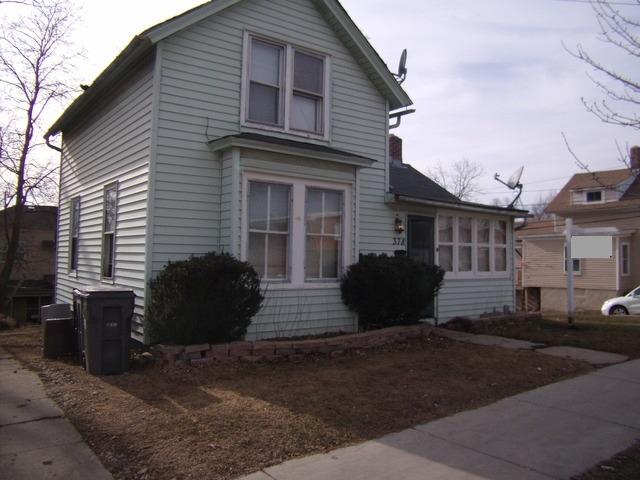 378 Raymond St, Elgin, IL