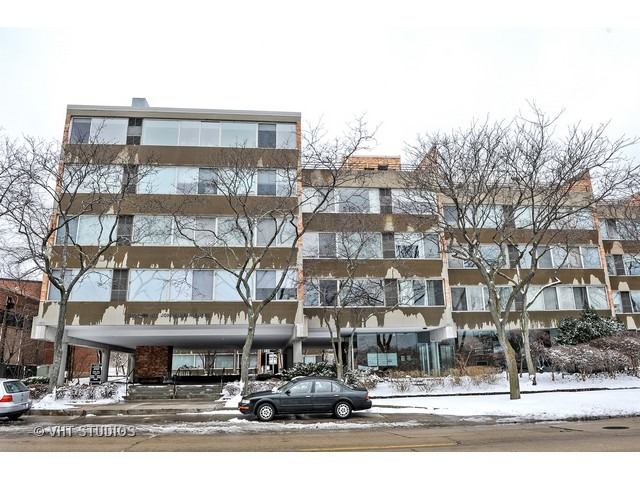 2020 St Johns Ave #APT 302, Highland Park, IL