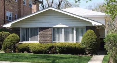 4554 Church St, Skokie, IL