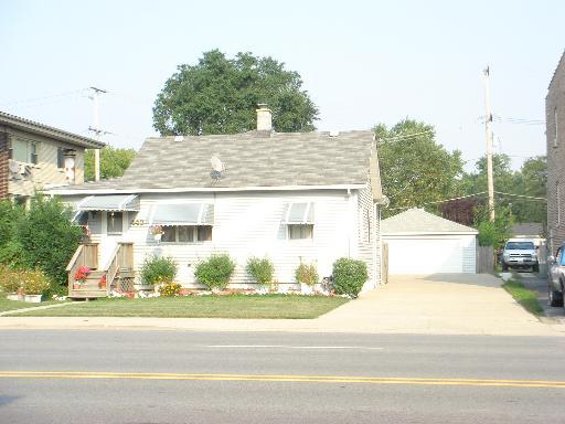 4435 Prescott Ave, Lyons, IL
