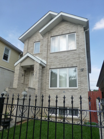2255 N Parkside Ave, Chicago, IL